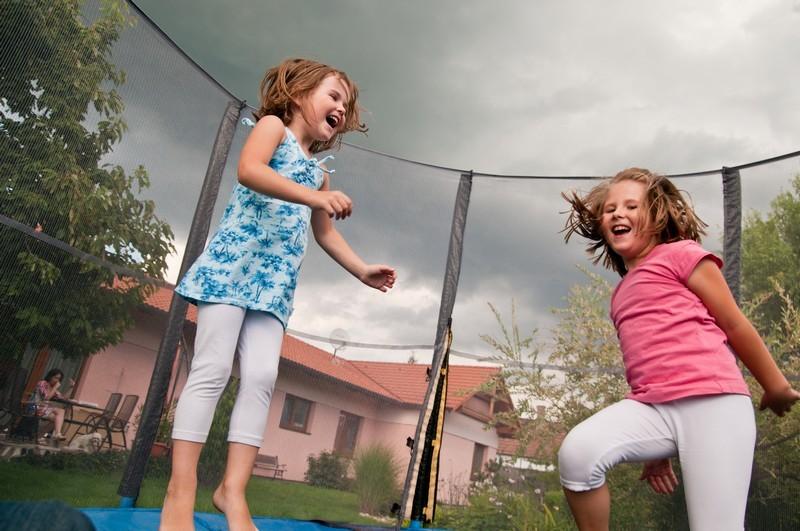 Jak na správný výběr trampolíny pro dospělé a děti