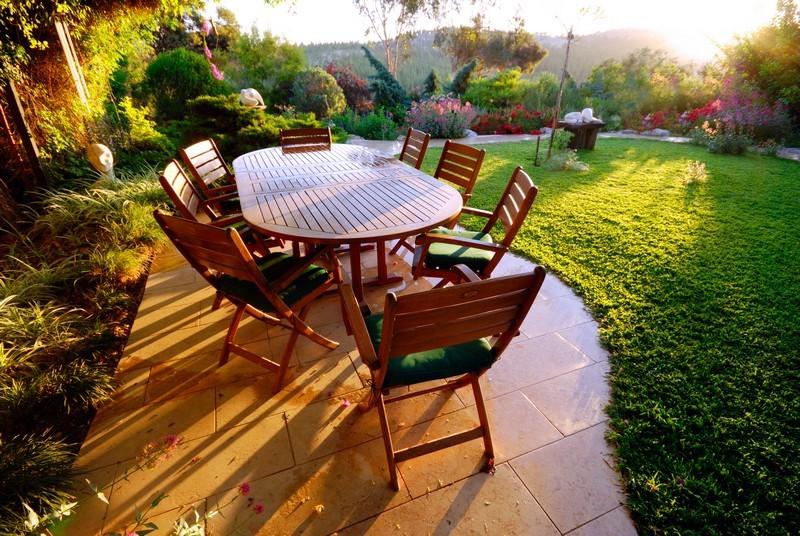 Renovace zahradního nábytku krok za krokem