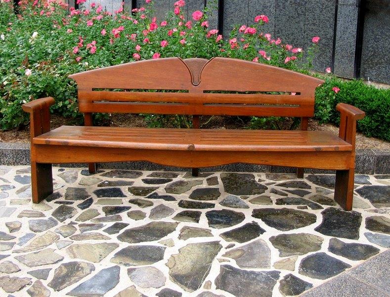 Nezapomínejte na impregnaci zahradního nábytku